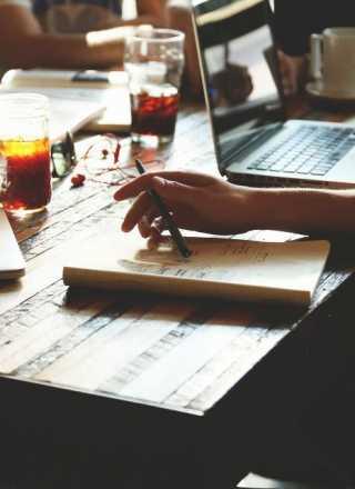 Školenia, kurzy, semináre, stretnutia, mítingy či rôzne iné udalosti